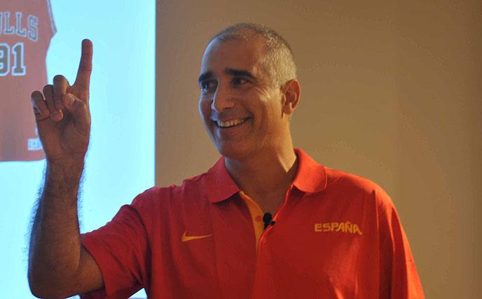 MIGUEL ÁNGEL PÉREZ NIZ SE INCORPORA AL COMITÉ TÉCNICO DE FIBA