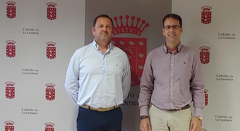 LA FCB Y EL CABILDO DE LA GOMERA MANTIENEN UNA REUNIÓN DE TRABAJO